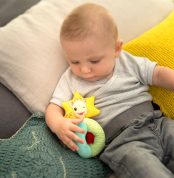 210207---Rattle-with-beads-Sophie-la-girafe---lifestyle-visual-2-medium